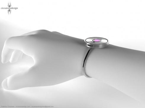 main avec une montre siri